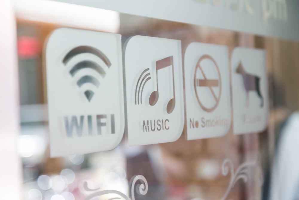 Ofrecer wifi gratis para clientes | Beneficios y aplicaciones